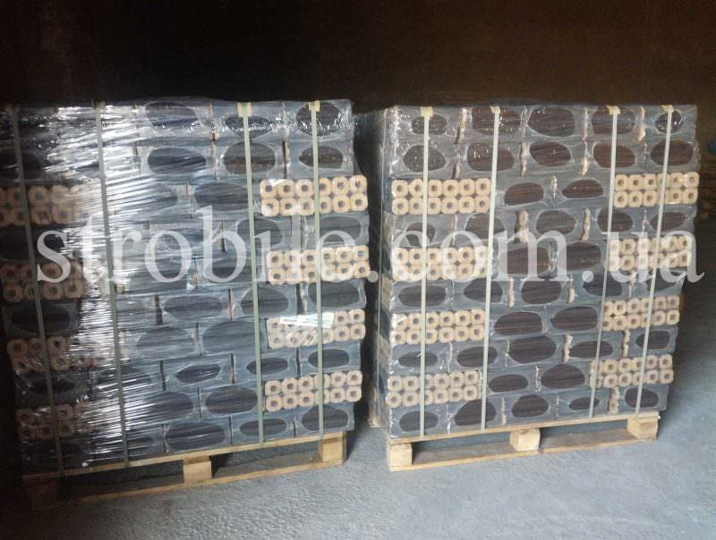 палет складається з 96 пакетів по 10 кг кожен, всього 960 кг